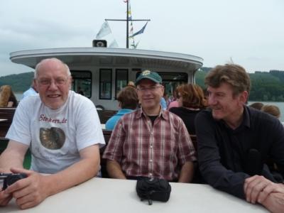 Der (Teil)-Vorstand entspannt beim Bötchen fahrn, Manfred, Wolfgang und Thomas