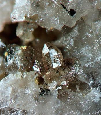 Leukophosphit, BB=3,5mm, Sammlung+Foto: Mebus