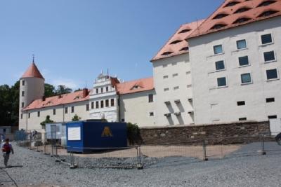Forderfront Schloß Freudenberg, leider mit Baustelle.